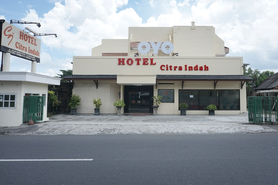OYO 561 Hotel Citra Indah