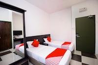 OYO 818 Hotel 11