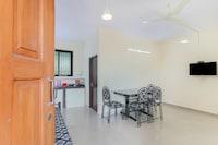 OYO Home 30584 Elegant 1BHK Varca