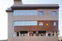 OYO 30585 Hotel Shantinath