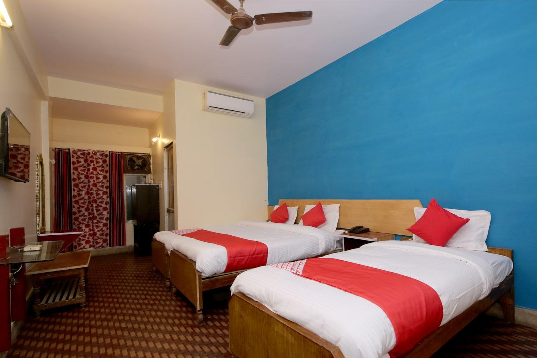 OYO 30600 Hotel Sagar -1