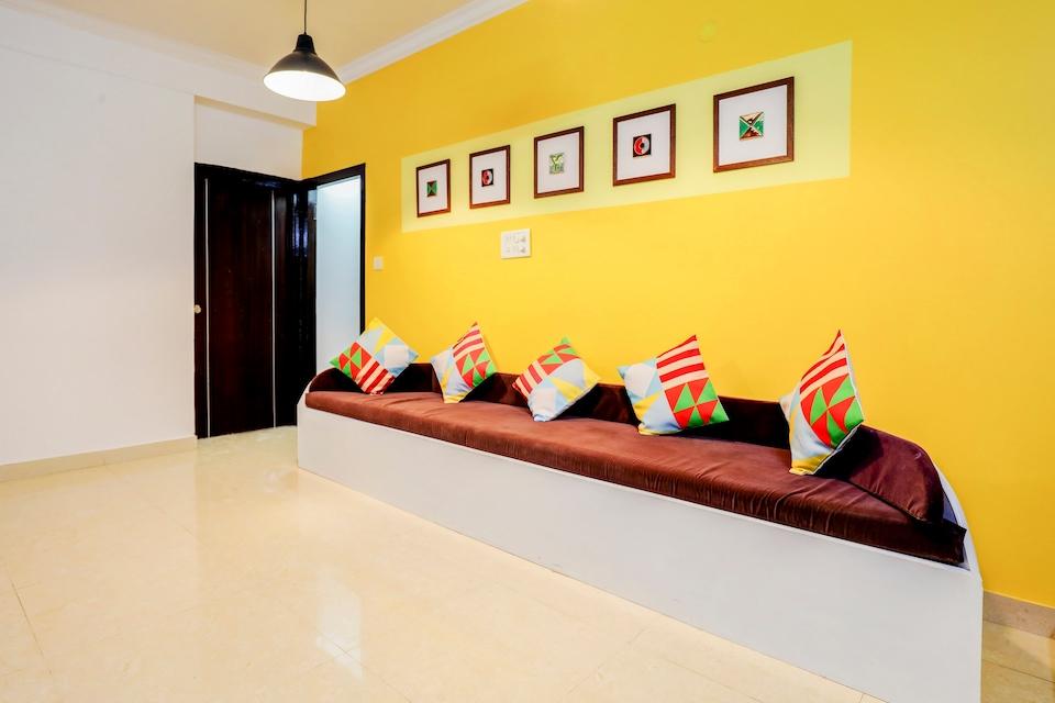 OYO Home 30604 Cosy Stay Sanjaynagar