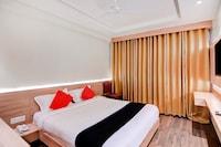 Capital O 30624 Hotel Triton Deluxe