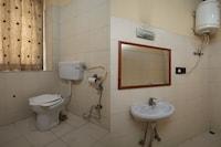 OYO 30650 Hotel Akbar Residency
