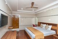 Spot on 30656 Sabari Lodge