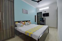 OYO 30663 Elegant Studio Subhash Chowk