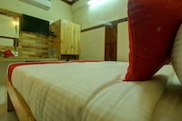 OYO 30673 K R K Residency