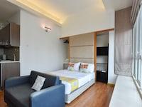OYO Home 833 Premium Studio Parkview