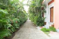 Capital O 30679 Joe Beach Resort