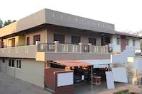 OYO 30707 shabari residency