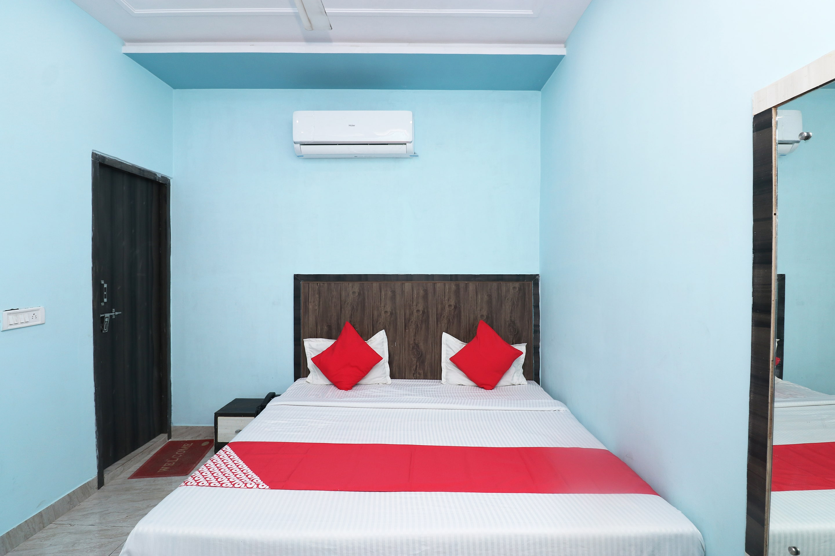 OYO 30716 Anand Residency
