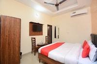 OYO 30743 Hotel Himalayan Saver