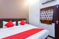 OYO 30888 Hotel Mahadev