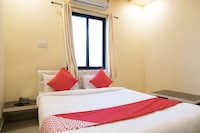 OYO 30899 Hotel White Residency