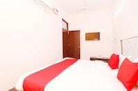 OYO 30900 Roadstar Hotel