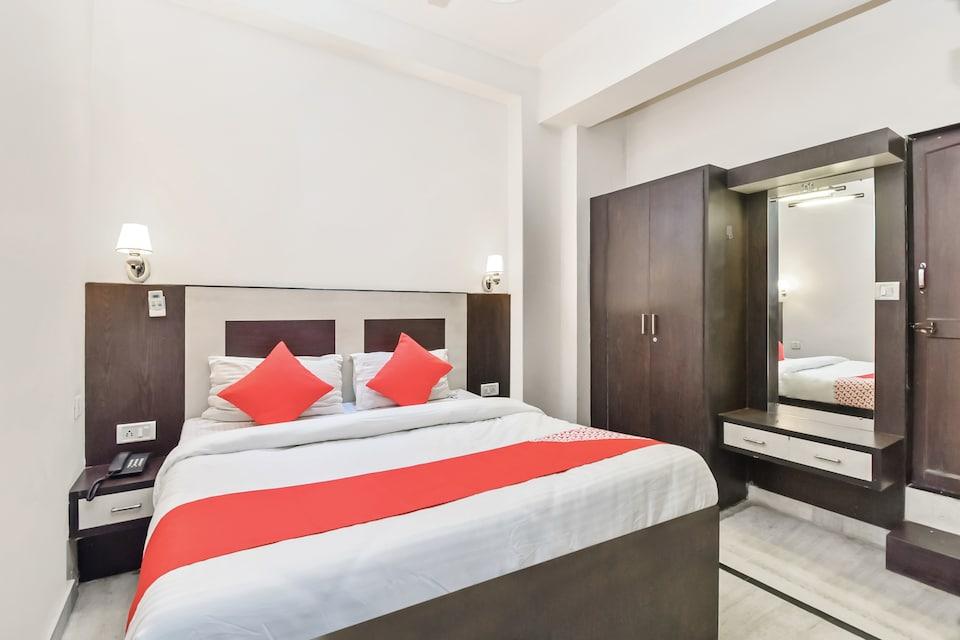 OYO 30901 Hotel Ritz Villa