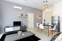 OYO Home 852 Amazing 2BR Arte Plus
