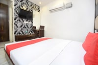OYO 30999 Hotel Vaishno Saver