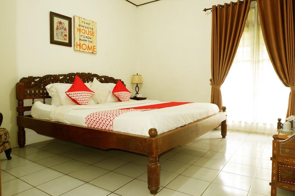 OYO 604 Cemara's Homestay