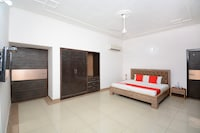 OYO 31031 Ds Royal Guest House Suite