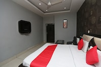 OYO 31037 Hotel Jhilmil