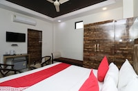 Capital O 31041 Hotel Purvanchal
