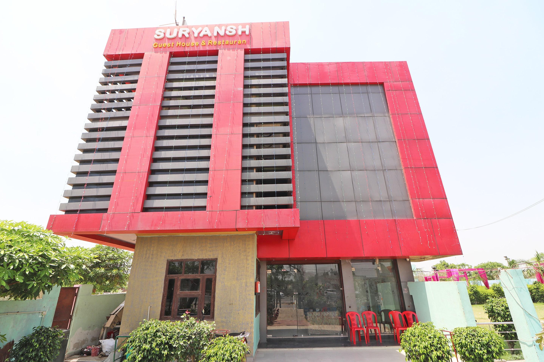 OYO 33011 Hotel Suryansh