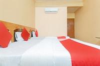 OYO 33362 Hotel Suraj