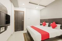 OYO 33370 Hotel Khalsa