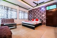 OYO 33381 Hotel Royal Inn
