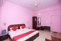 OYO 33385 Hotel Mandakini