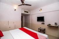 OYO 33399 Hotel Alwin