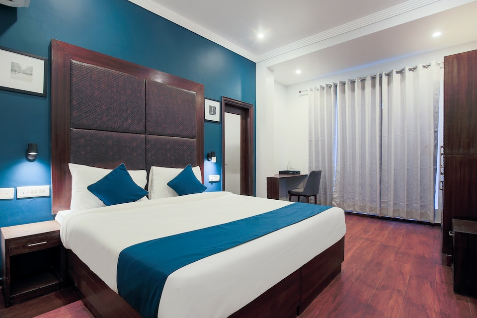 SilverKey Executive Stays 33402 HUDA City Centre