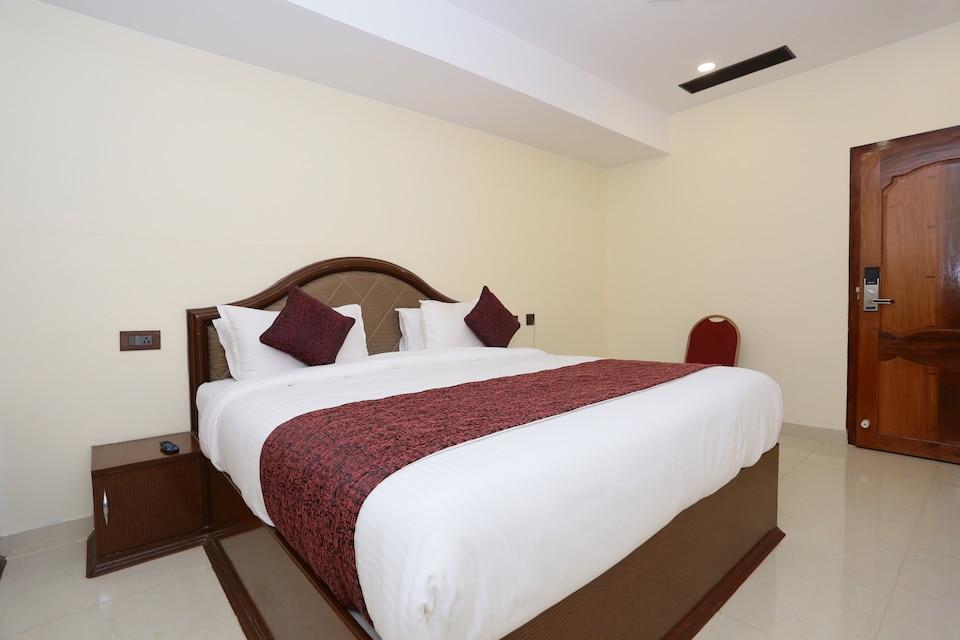 Capital O 33420 Hotel Ramraj Regency