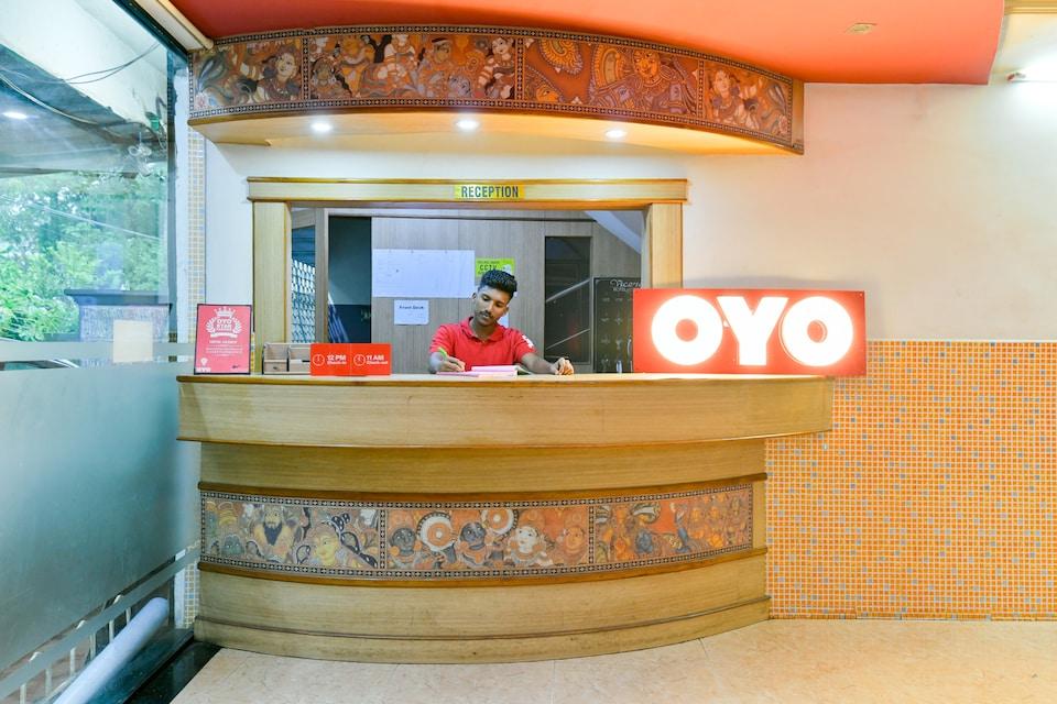 OYO Flagship 33466 Hotel Viceroy Tatapuram