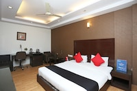 Capital O 33467 Hotel Inderlok Ananta Deluxe