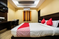 OYO 33503 Hotel Holiday international