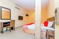 OYO 884 Sun Flower Express Hotel