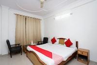 OYO 35366 Hotel Shiv Murti
