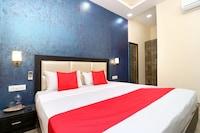 OYO 35399 Hotel Tricity Square