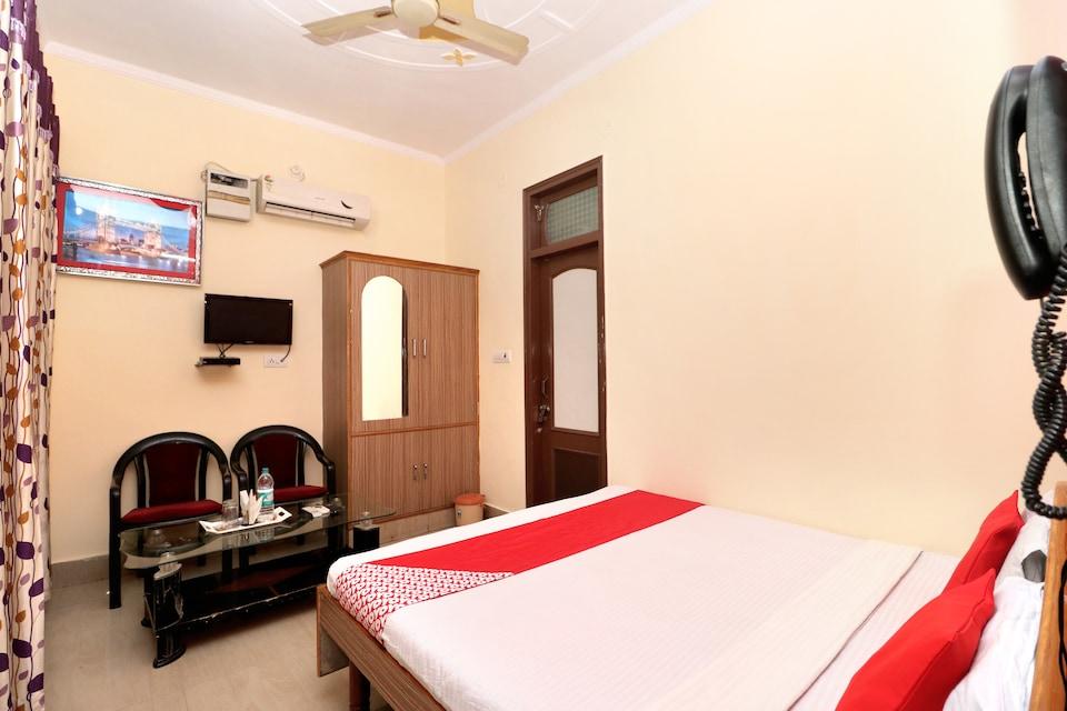 OYO 35414 Surya Hotel