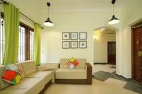 OYO Home 35489 Lavish Stay Near Rose Garden
