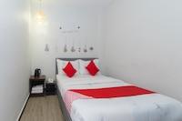 OYO 893 Hotel Holmes Kelana Jaya
