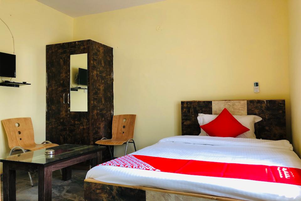 OYO 35509 Dhana Dhaanya Residency