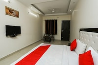 OYO 35511 Hotel Park View Deluxe