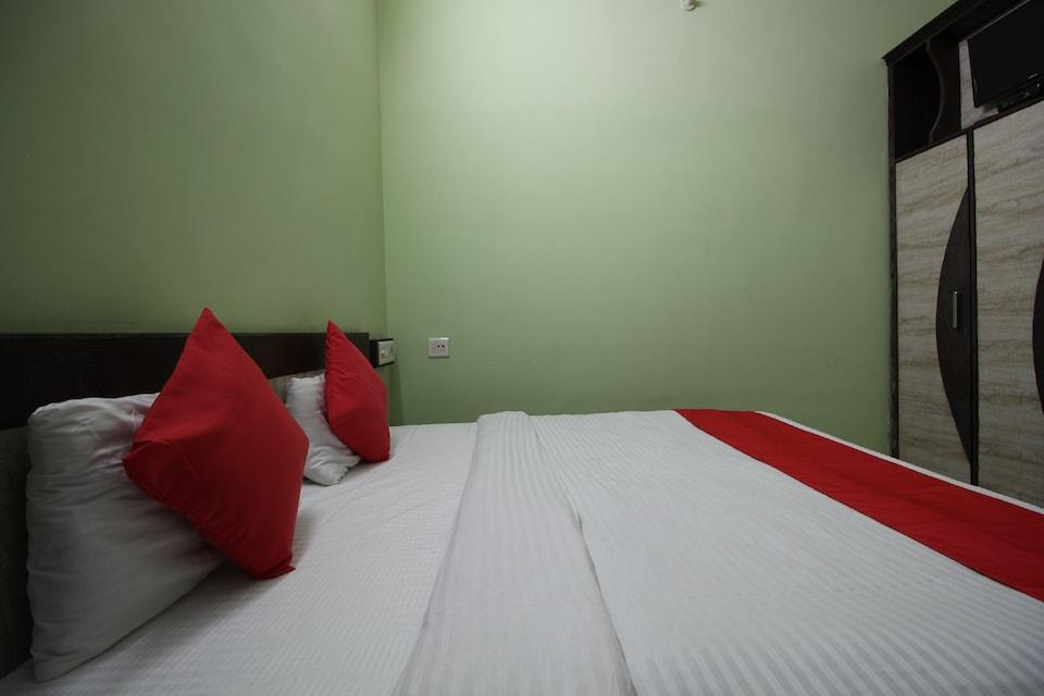 OYO 35526 Hotel Jagat Residency