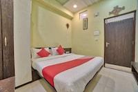 OYO 35538 Hotel Risha Saver