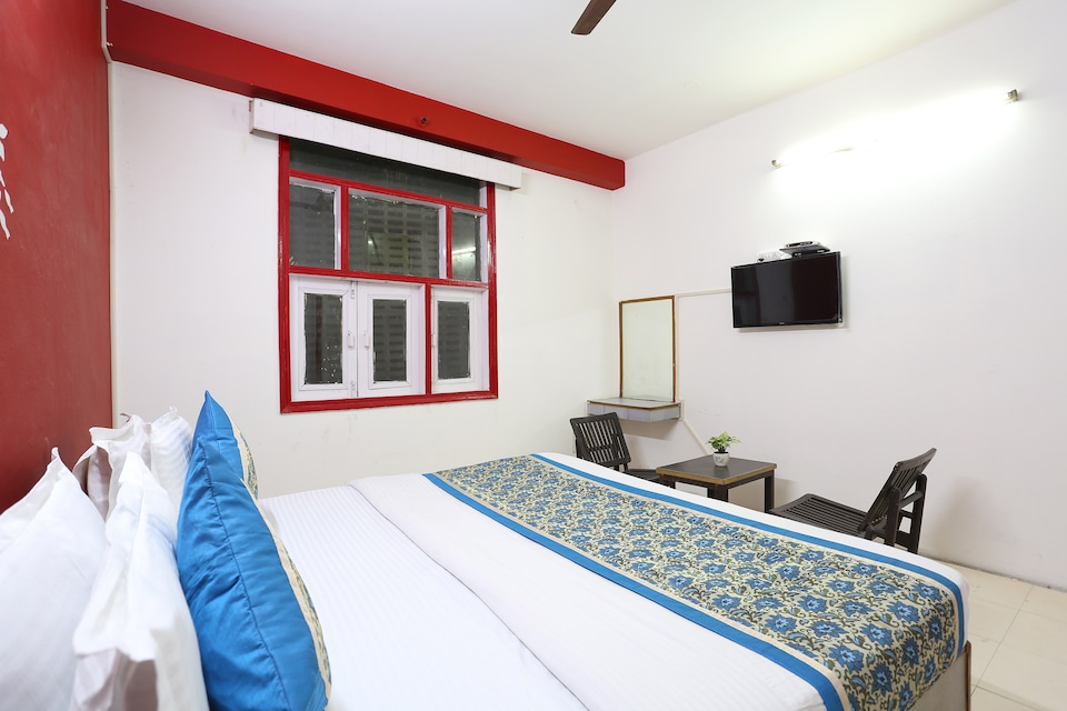 SPOT ON 35573 Hotel Classic