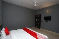 OYO 35581 Rao Residency Saver