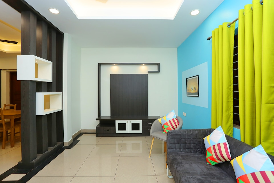 OYO 35608 Elegant Stay Near Lulu Mall